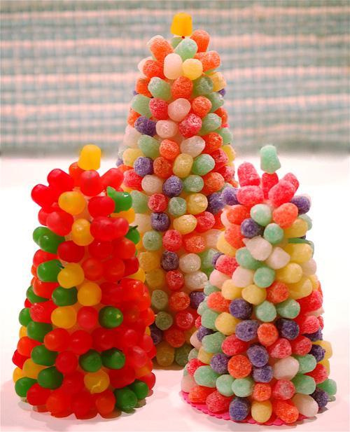 Елка своими руками из сладостей