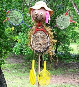 97078162_large_racketscarecrow0170