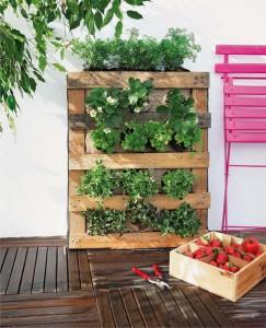 jardin-vertical-pallet-DIY-muy-ingenioso-2