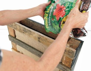 jardin-vertical-pallet-DIY-muy-ingenioso-212