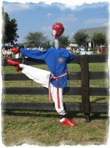 the_ugliest_scarecrows_06