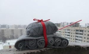 idei-podarkov-mujchine-svoimi-rukami-13983-large