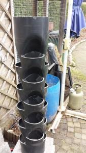 Como-hacer-una-maceta-con-un-tubo-de-PVC-5